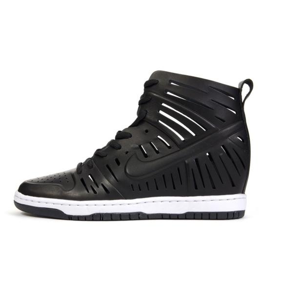 newest 3be22 b7f1a Nike Dunk Sky Hi 2.0 Joli Wedge Sneaker 9.5. M 5ad4e25b84b5ceeb4100cdb3